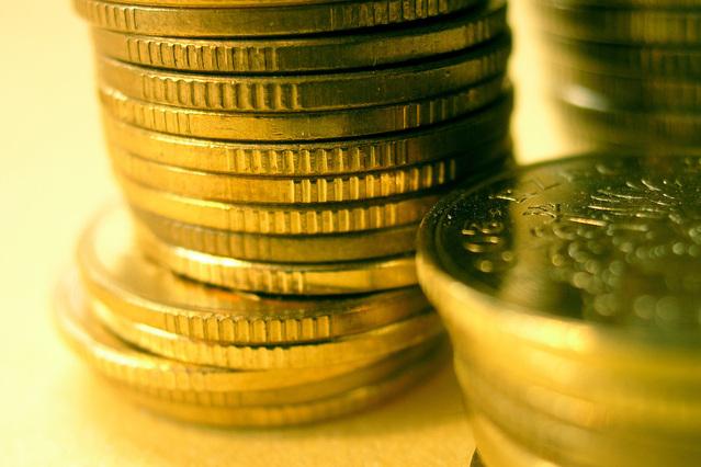 detail na komínek zlatých mincí.jpg