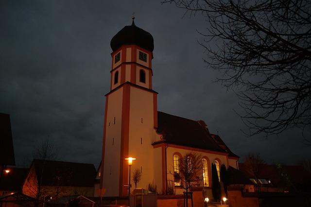 bohoslužba v kostele