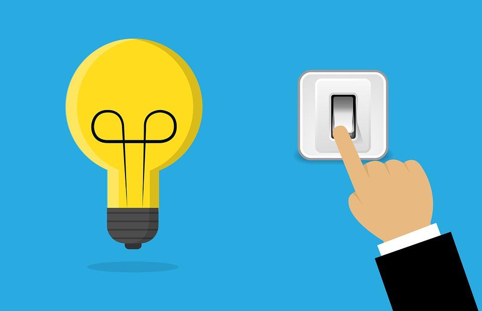 vypínač a žárovka
